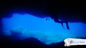 12072015-fun-dive-seal-cave-04