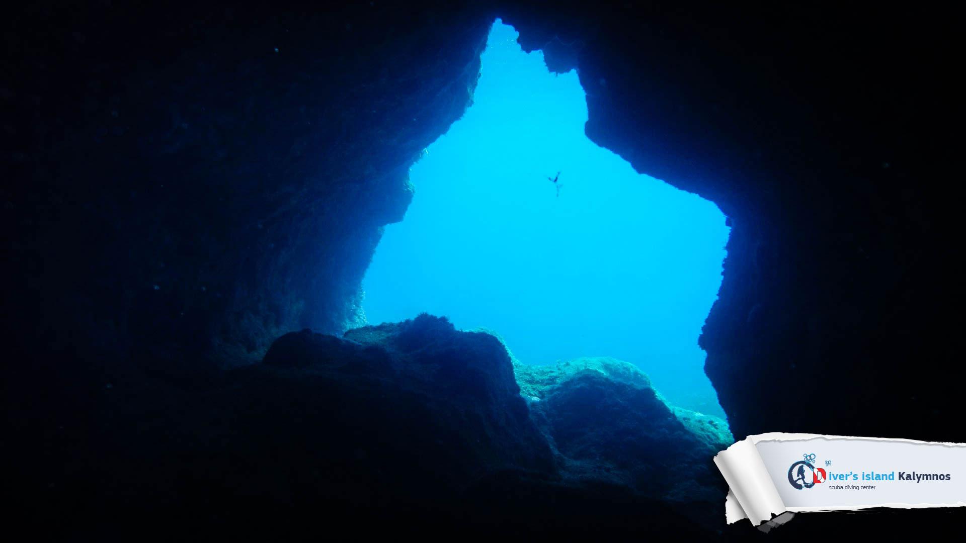15082015-fun-dive-seal-cave-06