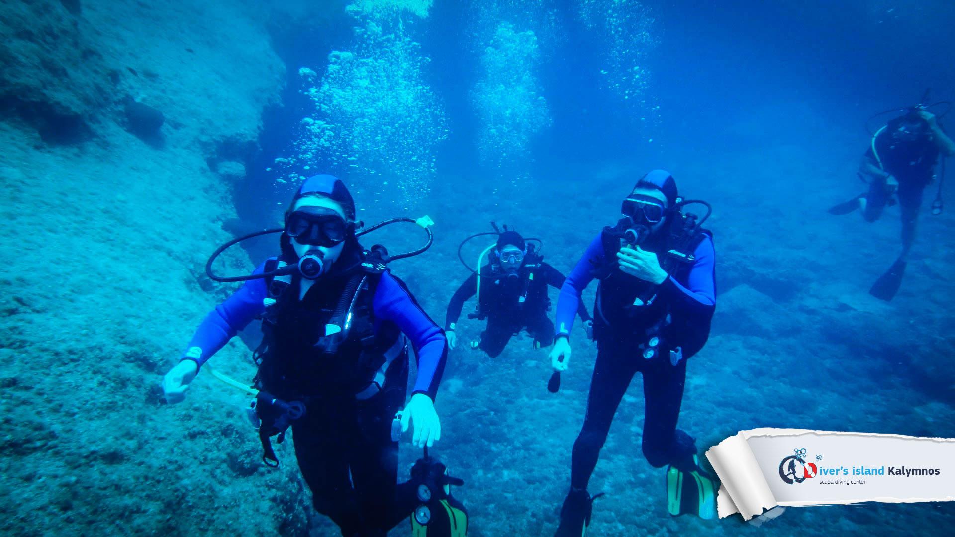 24082015-fun-dive-seal-cave-05